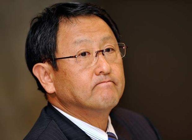 Akio Toyoda, CEO de Toyota, mas aerodinámico que una Formula one.