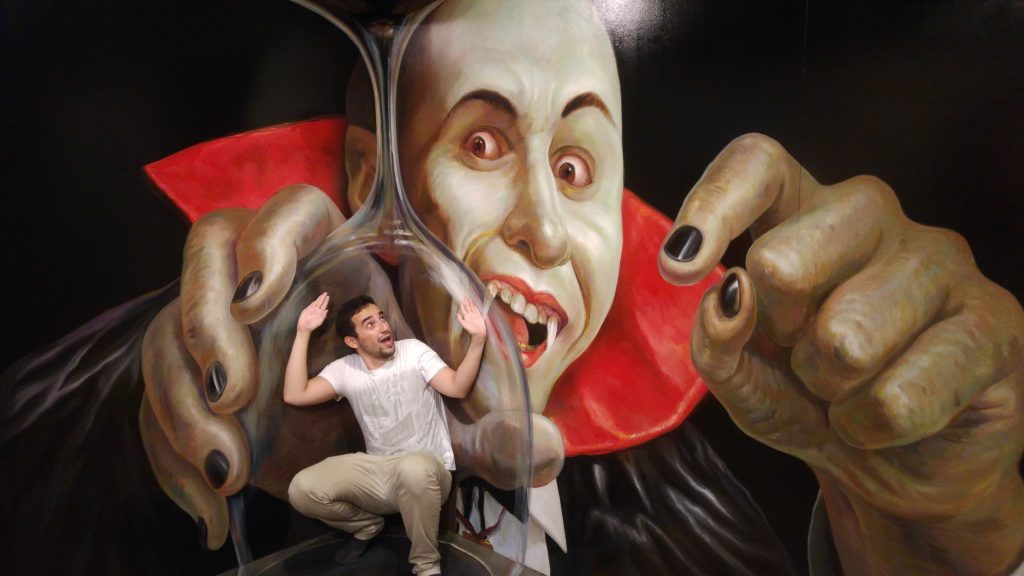 vampire-tokyo-trick-art-museum
