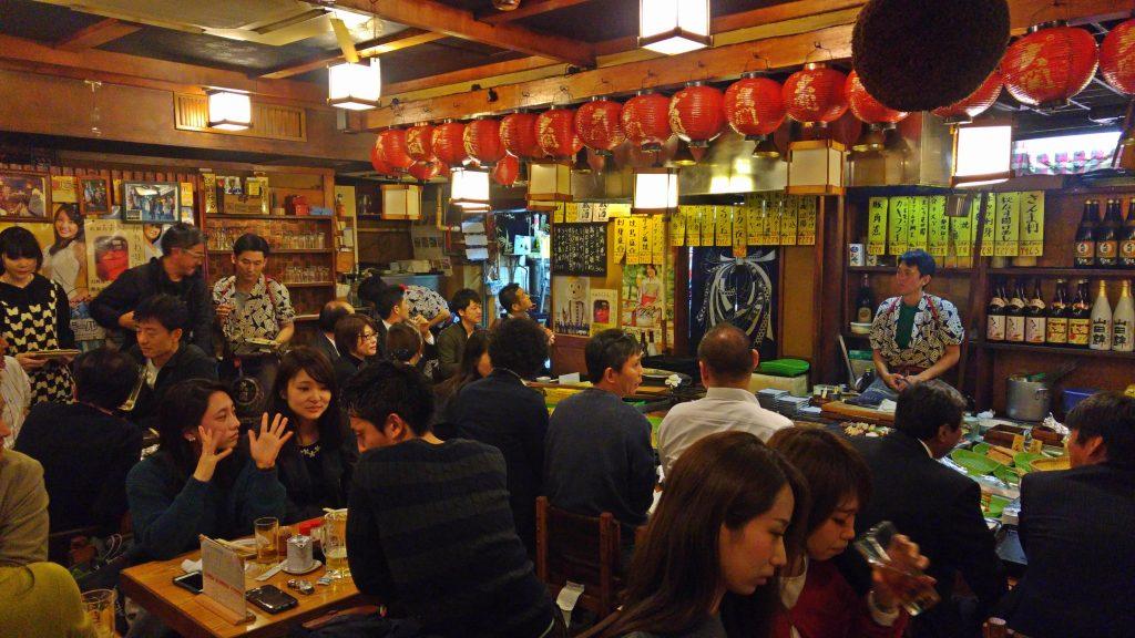 Voici l'intérieur très traditionnel du restaurant Robata Musashi.